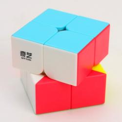 Cubo rubik qiyi qidi 2x2